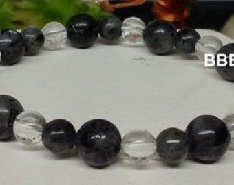 Bracelet green and grey, Labradorite protective stone, beads 6 and 8mm and 6mm Crystal beads.