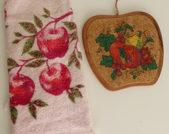 vintage Terry Cloth Apple Print Kitchen Towel Dish Towel & Wood Trivet
