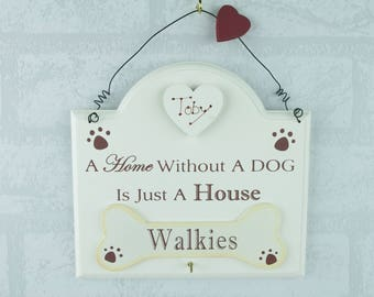 Personalised Dog Lead Keys Hook Rack Walkies A House Without a Dog Cream  F1721/C