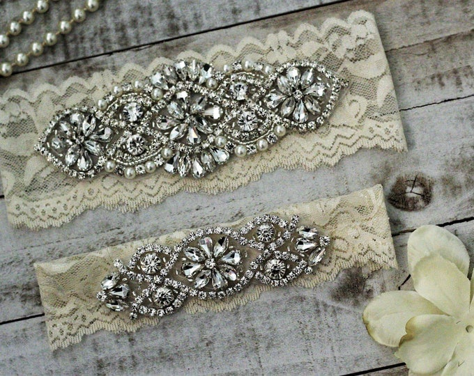 Vintage Style Ivory Wedding Garter Set NO SLIP grip vintage rhinestones, pearl and rhinestone garter set, Crystal Wedding Garter