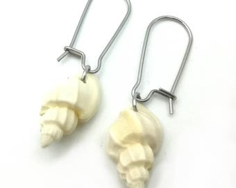 Shell twist earrings