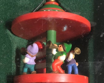 Vintage Dated 1983 Santa and friends Carousel, Hallmark Keepsake Ornament Sixth and Final of Collectible Carousel Series