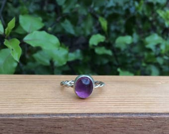 Amethyst Ring / Round Amethyst Stacking Ring / Amethyst Twist Ring / Sterling Silver Ring / Amethyst Stack Ring / Silver Amethyst Ring
