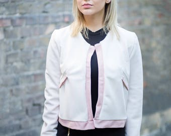 SALE! - White blazer with a hint of pink - 25% OFF