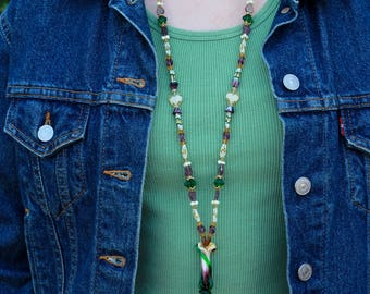 Calla Lily Beaded Tassel Necklace - FJ 61