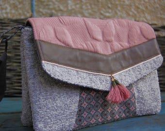 Shoulder double jacquard medium-sized, Blush Pink tassels, light brown leather