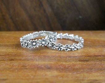 2 x 925 Sterling Dainty Floral Stacking Rings – Size 5.5 & 7 – Vintage