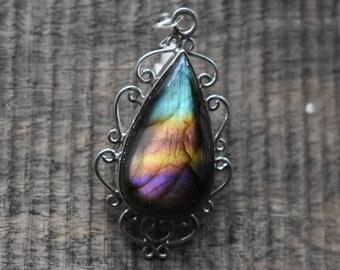Purple Labradorite pendant,labradorite pendant,rainbow flashy Labradorite pendant,92.5 silver pendant,labradorite necklace pendant