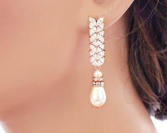 Cubic zirconia earrings, Rose gold, pearl drop earrings, wedding pearl earrings, wedding accessories, pearl bridal jewelry, pearl jewelry