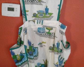 Vintage Apron Print Fabric Waist Pockets