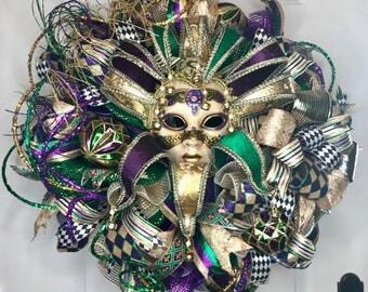 Mardi Gras Decoration Mardi Gras Wreath Mardi Gras Door Wreath Mardi Gras Mask Wreath Mardi Gras Jester Wreath Mardi Gras Door Hanger Wreath