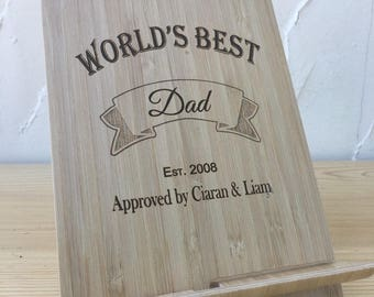 Engraved Wooden Bamboo Tablet Stand Worlds Best Dad / Daddy Fathers Day GIFT