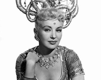 BETTY GRABLE PHOTO #29