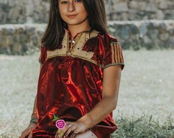 Satin blouse embroidered hand of Chamula, Chiapas. Blouse ethnic, traditional Mexican blouse, blouse Bohemia