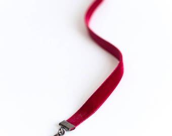Red velvet choker necklace, dark red choker, grunge necklace, gothic necklace