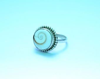 Shiva eye Ring, Handmade Ring, Silver Ring, Solid Sterling Silver, Hammered Ring, Shiva eye Shell  Ring, Shell Ring