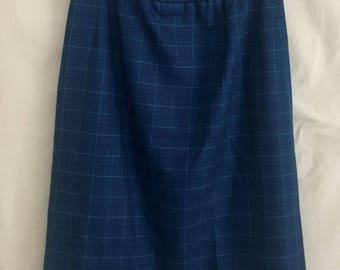 Pendleton vintage skirt /punk  plaid skirt / vintage wool pencil skirt /goth pin up skirt / 60s vintage/mod clothing/ vintage skirt/plaid