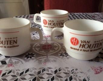 3 cups Van Houten arcopal french vintage