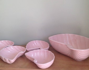 Bowl and 4 bowls in the shape of shell, pink, pink bowl, shell, made in Japan