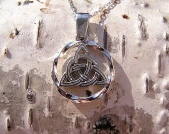Triglav(Triskele) Pendant. Slavic jewelry. Slavic pendant. Slavic talisman. Ethnic charm. Pagan jewerly
