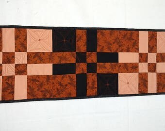 Custom Quilted Disappearing 4 Patch Table Runner