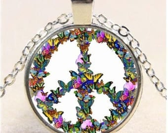 Butterfly Peace Cabochon Glass Tibet Silver Chain Pendant Necklace-b96