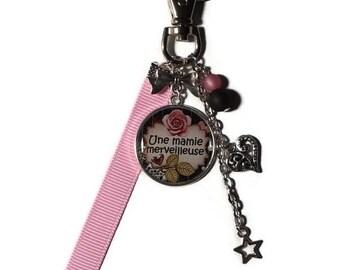 "Keychain / bag gift Grandma ""A wonderful Grandma"" charm/personalized/grandmother/mother of grandmas party"