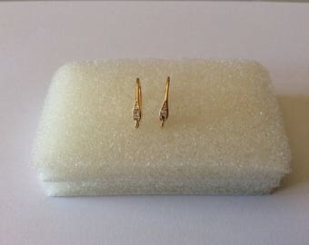 2 16MM gold plated ear hooks