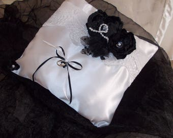 ring bearer pillow black and white beads
