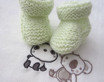 "Baby booties size newborn ""green"" color handmade knit (baby wool)"