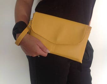 handbag/pocket yellow faux leather with removable handle