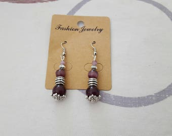 Earrings hook and silver metal bead, purple cat eye glass bead