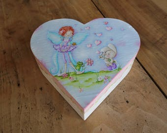 """Bubbles of hearts!"" heart shaped wooden jewelry box"
