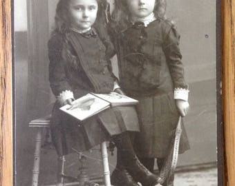 Vintage Photo - Antique - Cabinet Card - Young Girl Photo - Beautiful Little Girls - Berlin 1911 - Germany Photo - 1910s Child Fashion -