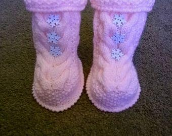 Snowflake bootees