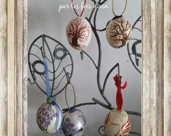 Eggs of canes for your Easter tree
