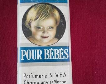 NIVEA baby - vintage talcum powder
