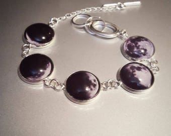 Phases of the Moon 5 Link Chain Bracelet