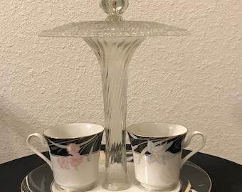 Custom Teacup Birdfeeder
