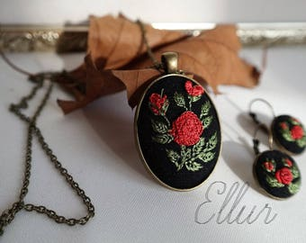 Embroidery jewelry set Embroidered pendant earring Flower wife jewelry Red rose set Bronze jewelry her Eco pendant Floral Botanical necklace