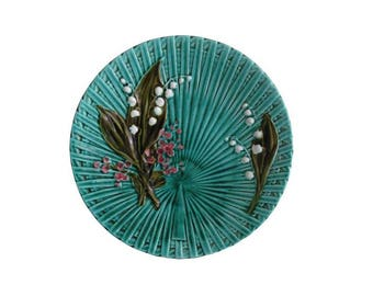 Majolica Lily of the Valley Plate 9.5""