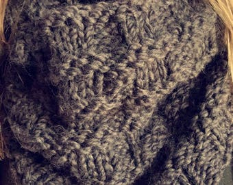 Over-sized Chunky Knit Cowl