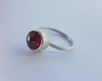 Red garnet ring, garnet ring, contemporary garnet ring, gemstone rings, contemporary rings, January birthstone ring, gift for her