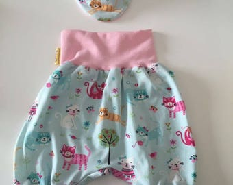 Baby bloomers with scarf