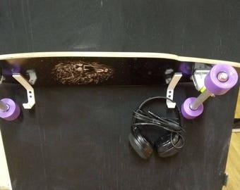 Longboard/skateboard wall mount 3D printed