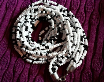 "Vintage 1960's Black and White Glass Bead Necklace Long 30"" Length"