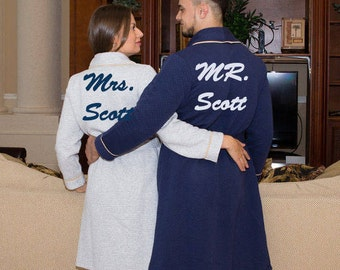 PERSONALIZED Robes, Robes for Couple, Robes for Him and Her, Personalized Wedding Gift, Hotel Robes, Wedding Gifts, Mr and Mrs. Robes