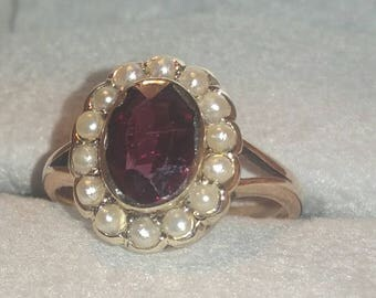 Beautiful Antique Victorian Amethyst and Seed Pearl 9ct Gold Cluster Ring