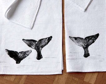 2 Honeycomb 100% cotton hand-printed with cetacean motif-Pair of whaffle bath towels-cotton-Made in Italy