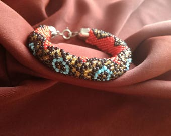Hand made bead bracelet